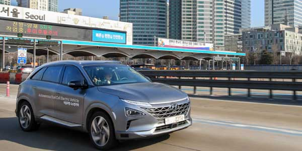 Hyundai Showcases Self-Driven Fuel-Cell Electric Vehicle
